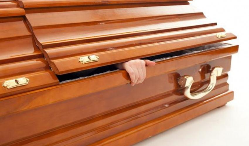 گەشەکردنی موو و نینۆکەکانی مرۆڤ پاش مردنی بەردەوام دەبێت؟