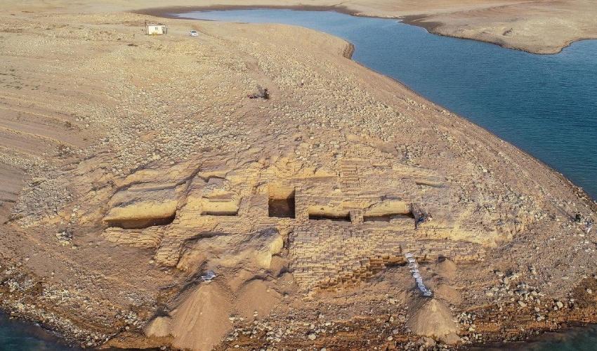 دەرکەوتنی کۆشکێکی ٣٤٠٠ ساڵە دوای دابەزینی ئاستی ئاو لە هەرێمی کوردستان